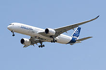 Avions      220px-A350_First_Flight_-_Low_pass_03