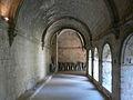 Abbaye de Silvacane - cloître galerie est.jpg