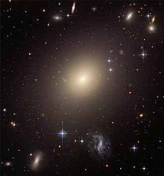 Hubble sequence - The giant elliptical galaxy ESO 325-G004.