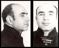 Photographies prises lors de son incarcération à Alcatraz.
