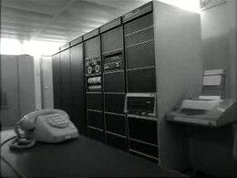 Achter de schermen bij de verkeerslichtencentrale (1977)