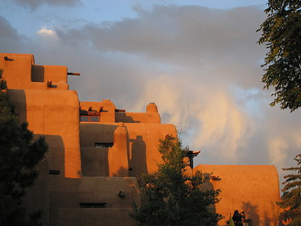 The Inn at Loretto, a Pueblo Revival-style building near the Plaza in Santa Fe, 2005 Adobe in Santa Fe at the Plaza - Hotel Inn and Spa at Loretto.JPG