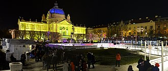 Christmas market - Image: Advent in Zagreb 20161229 DSC 6557P