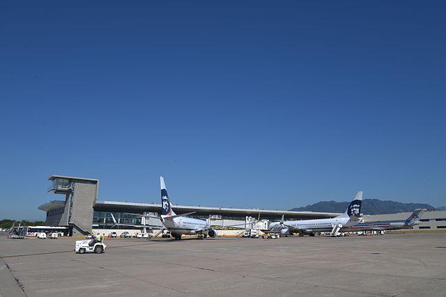 640px Aeropuerto Puerto Vallarta 4