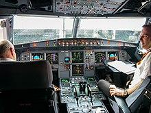 Пилоты аэробуса A320 компании Northwest Airlines, который 21 октября совершал рейс из Сан-Диего в Миннеаполис...