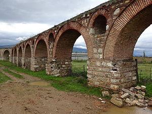 Skopje Aqueduct - Image: Akvadukt (18)