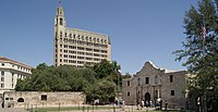 Alamo Mission, San Antonio, Texas, USA.jpg
