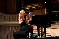 Alicia-Witt Mechanics-Hall 2012 01.jpg