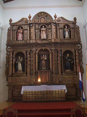 Altar-franciscano-caazapa
