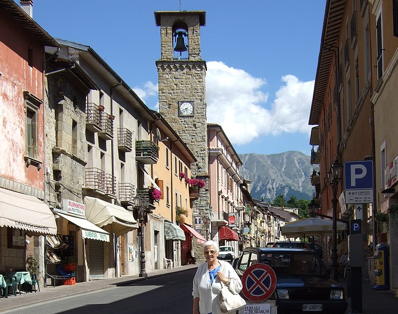 View of Corso Umberto I in Amatrice before 2016 earthquake