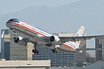 American 757-200 N692AA (1543339829).jpg