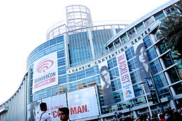 Anaheim Convention Center (13909340482).jpg