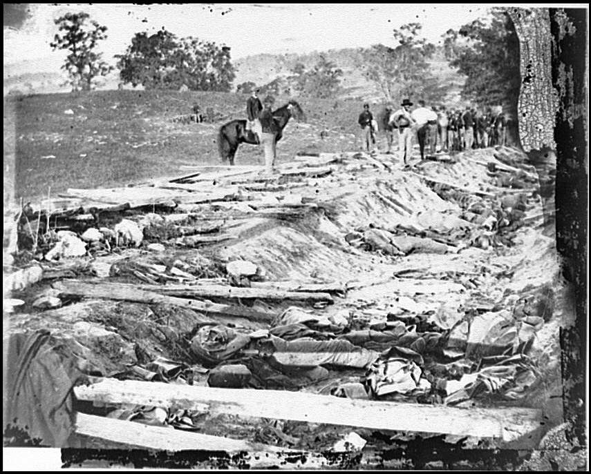 Antietam, Md. Confederate dead in a ditch on the right wing used as a rifle pit LOC cwpb.00240