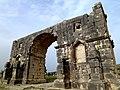 Arch of Caracalla Volubilis Morocco - panoramio.jpg