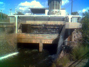 Arcadia (Phoenix) - Along the Arizona Canal in Phoenix, a 750-kilowatt restored hydroelectric plant and art display opened in June 2003 in Arcadia at a natural 20-foot drop called Arizona Falls.