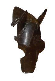 La Chevalerie Médiévale 180px-Armure-cheval-2