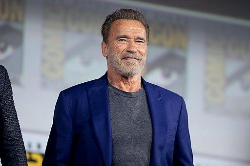 Arnold Schwarzenegger (48354874611)