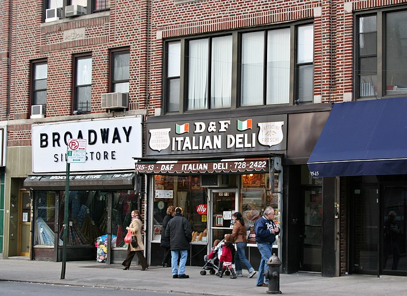 800px-Astoria_italian_deli_and_shops.jpg