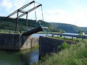 Aubrives - Image: Aubrives pont à bascule