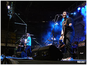 "Bbs Paranoicos - Live at ""Family Day Festival"", 2008."