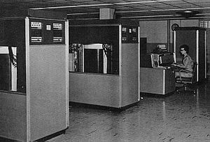 History of IBM magnetic disk drives - IBM 305 at U.S. Army Red River Arsenal, with two IBM 350 disk drives in the foreground