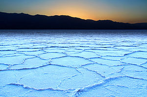 Badwater Basin - Crust of hexagonal shapes