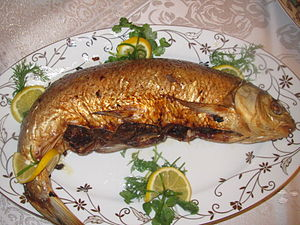 Azerbaijani cuisine - Lavangi from fish