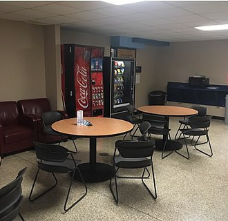 Bay de Noc Community College - Image: Bay chemistry lounge