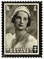 Belgium1935queenastrid70and5scottB174.jpg