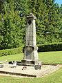 Belval-Bois-des-Dames-FR-08-monument aux morts au cimetière-2.jpg