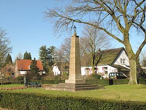 Berg en Dal (village) - Image: Berg en Dal, oorlogsmonument foto 1 2013 03 05 10.21