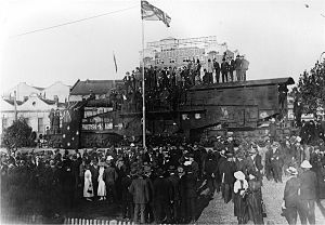 Amiens Gun - The Gun in position outside Sydney's Central Station after the Unveiling Ceremony on 26 March 1920