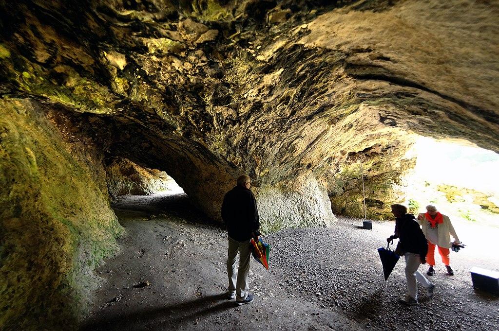 Besuch in der Vogelherdhöhle, eine Zeitreise zurück in die Eiszeit vor 40 000 Jahren