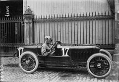 Biagio Nazzaro at the 1922 French Grand Prix (3).jpg