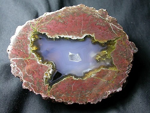 A thunderegg from the Black Rock Desert in Nevada Black rock desert thunderegg.JPG