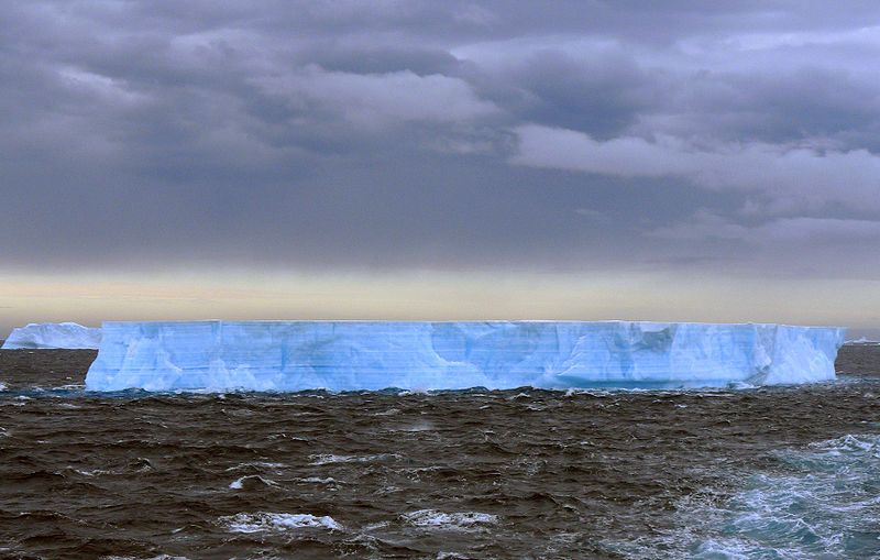 File:Blue Tabular Iceberg.jpg