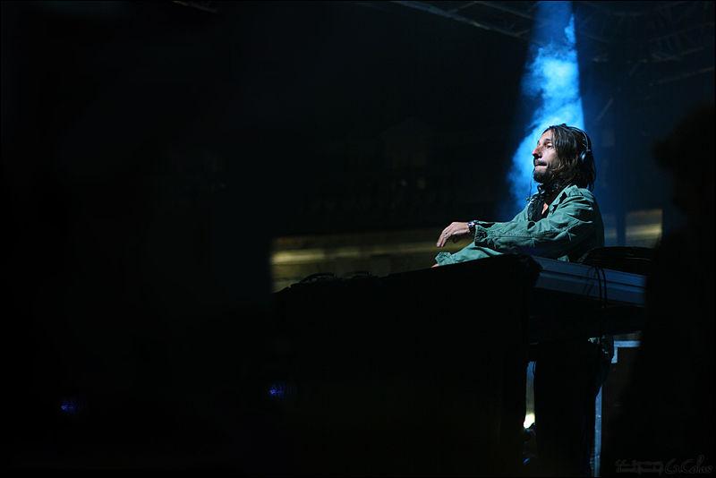 File:Bob Sinclar concert.jpg
