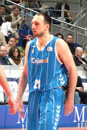 Luka Bogdanović - Bogdanović with Sevilla in 2013.
