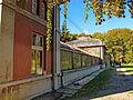 Botanička bašta Jevremovac, Beograd - staklena bašta i upravna zgrada.jpg