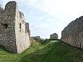 Branč, južná hradba (2).jpg