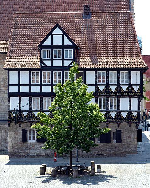 File:Braunschweig ehemaliges Rueninger Zollhaus von Norden (2011).JPG