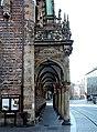 Bremen Rathaus Portal Seite.jpg
