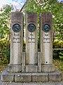 Brynjulv Bergslien Nils Bergslien Knut Bergslien Monument 1928 Bergsliplassen Voss Norway 2016-10-25 Front 02.jpg