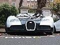 Bugatti Veyron 16.4 (6428341169).jpg