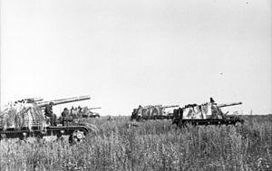 18th Artillery Division (Wehrmacht) - A battery of ''Hummel'' 15 cm  self-propelled howitzers of the Artillerie-Regiment 88 (mot) ready for firing in 1943