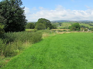 Ightenhill - Image: Burnley Way above Hunters Oak (geograph 4085512)
