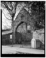 CENTER GATE, SHOWING CORBEL ARCH - Philadelphia Zoological Gardens, Bear Pits, Philadelphia, Philadelphia County, PA HABS PA,51-PHILA,394B-3.tif
