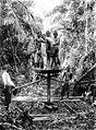 COLLECTIE TROPENMUSEUM Booronderzoek in de Serdangvallei door werknemers van de Singkep Tin Maatschappij Riouw TMnr 10007318.jpg