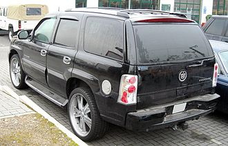 Cadillac Escalade - GMT800 Cadillac Escalade (regular length)