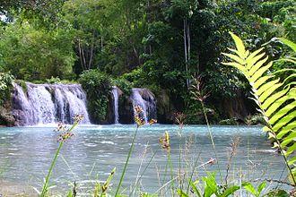 Siquijor - Image: Cambugahay falls